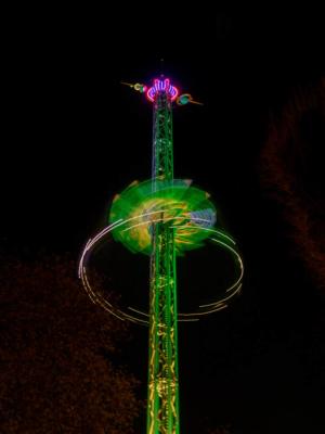 chaises volantes de nuit à Tivoli
