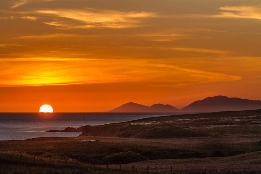 paysage de coucher de soleil sur l\'île de Skye